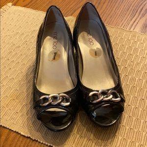 Sz 7 Me Too Navy Heels